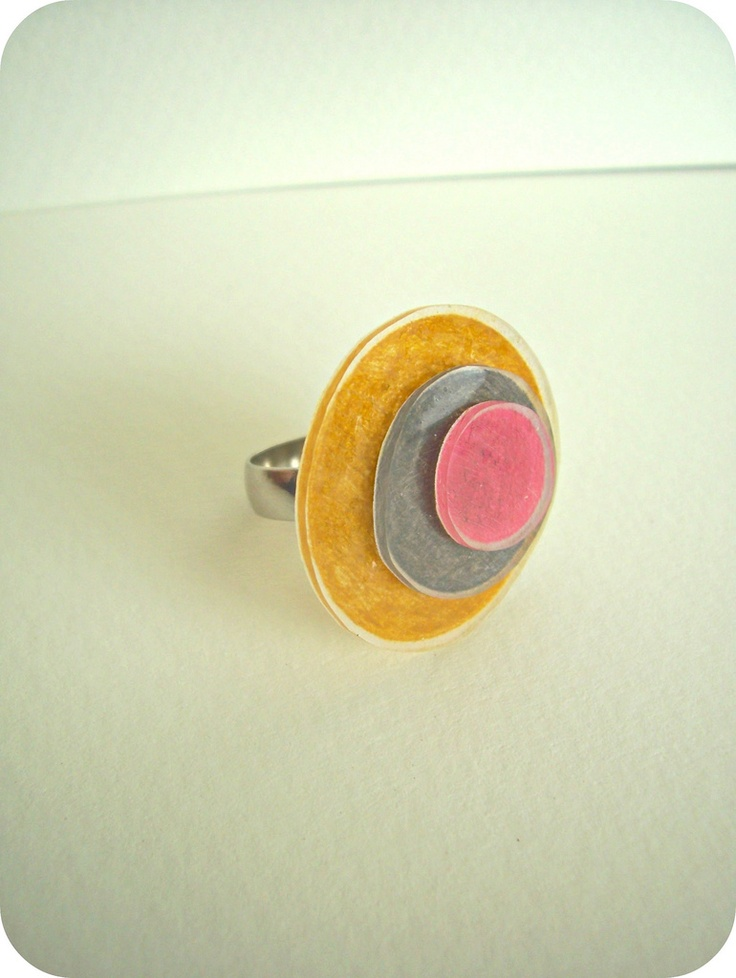 WhiMSy love: Shrinky Dinky Circles Rings