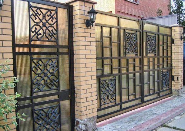 Забор из поликарбоната, дизайн, фото