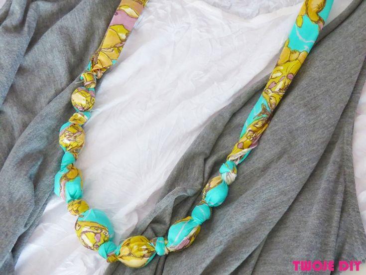 Naszyjnik z tkaniny - tutorial na twojediy.pl Fabric necklace - a tutorial on twojediy.pl