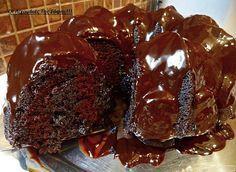 Daddy Cool!: Νηστίσιμο σοκολατένιο σιροπιαστό κέικ με επικάλυψη μερέντας απο τη Σοφη Τσιώπου!