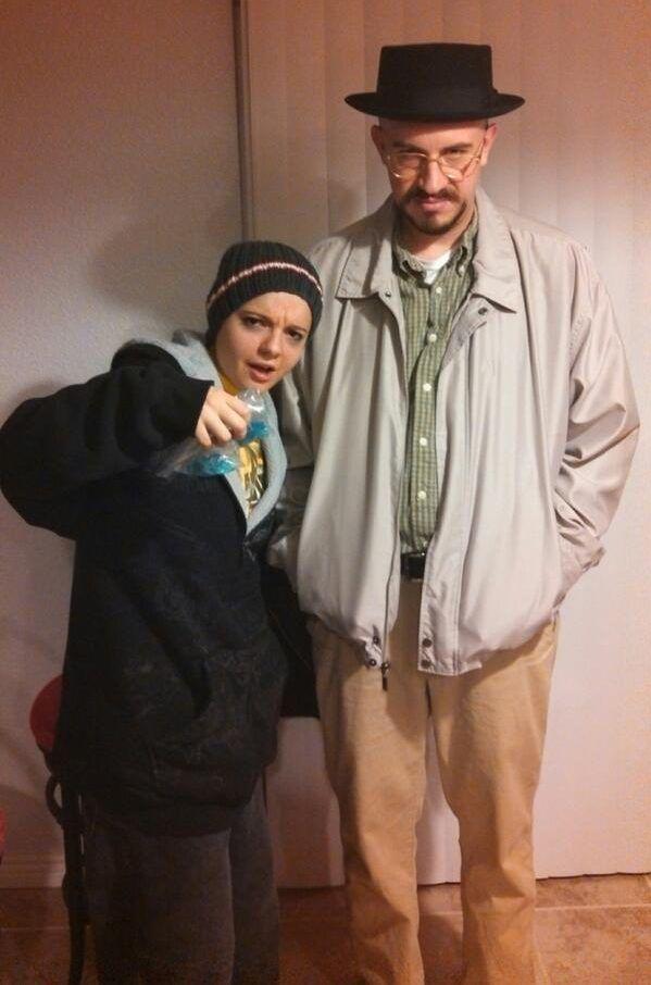 DIY Breaking Bad Walter White & Jesse Pinkman Halloween Costume Idea 8