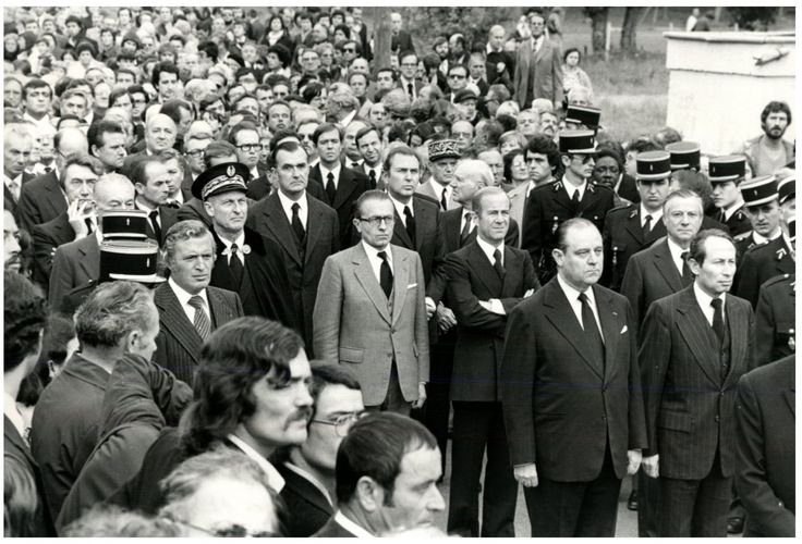 Villandraut, Les obsèques de l'homme politique Robert Boulin Vintage print,