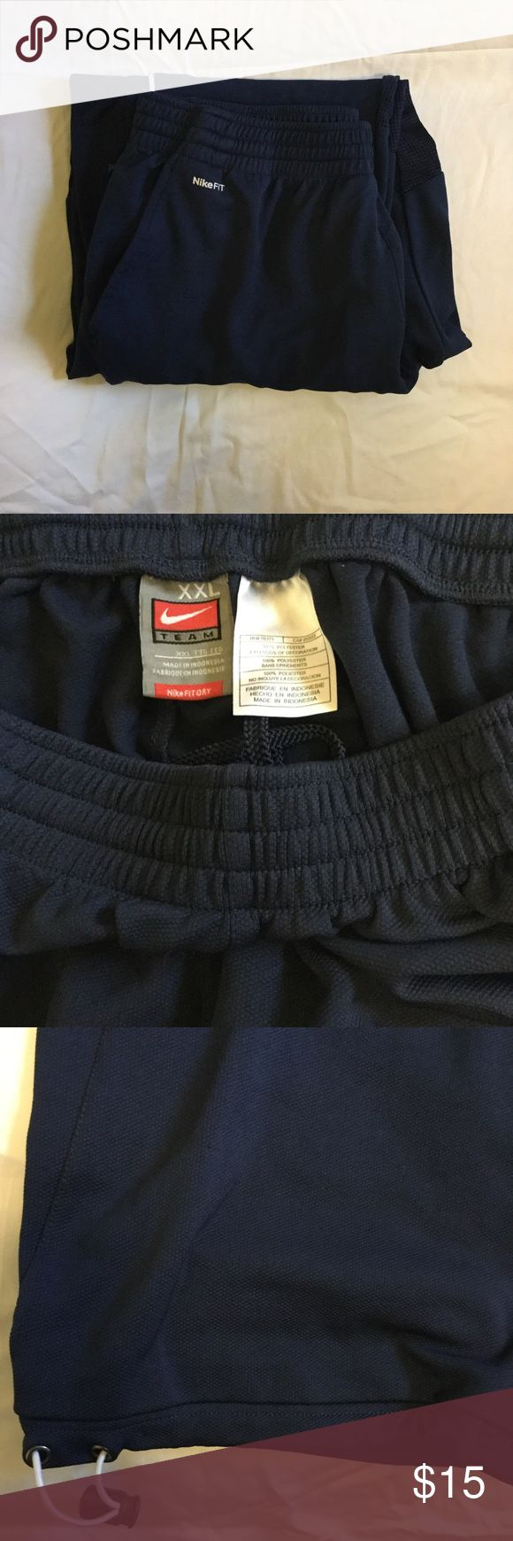 Men's Nike Sweatpants. Navy blue and white Nike Sweatpants. Super comfortable. Drawstring at the bottom. Good condition. Offers welcome. Nike Pants Sweatpants & Joggers