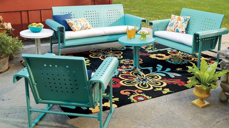 WEEKLY WEAKNESS: RETRO OUTDOOR FURNITURE — Ravishing in Plaid