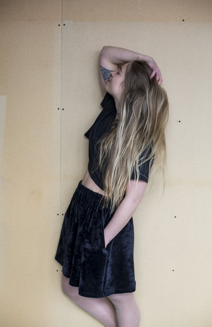 Mori Collective Andrina Velour Skirt - Black Waves Pic: www.ainohuotari.com