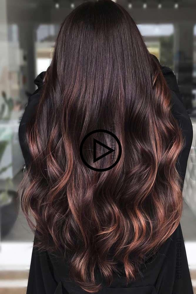 Mahagoni Toned Brunette Mit Highlights Rothaar Mahagonihaar Mahagonihaar Ist A Muss Fur Sie Wenn Sie N Haarfarben Mahagoni Haare Ombre Haare
