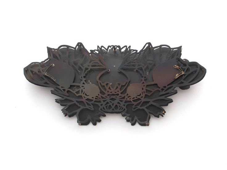 Sondra Sherman  BACK VIEW w/o pin stem Rorschach Corsage: Papaver Somniferum, Brooch 2015 steel