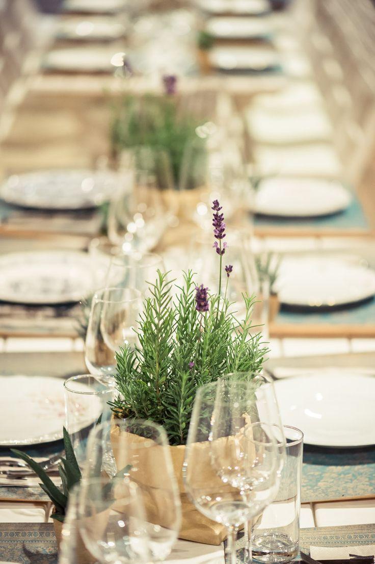 Vintage inspirierte Scheunenhochzeit in der rustikalen Art   – Sommerhochzeit, Hochzeit auf der Wiese