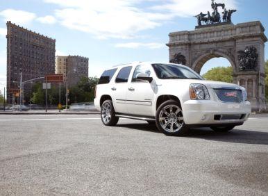 Best 7 Passenger Vehicles: #01 2012 GMC Yukon Hybrid