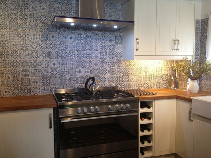 Kitchen tiles splashback patterned tiles from spain for Kitchen showrooms sydney west