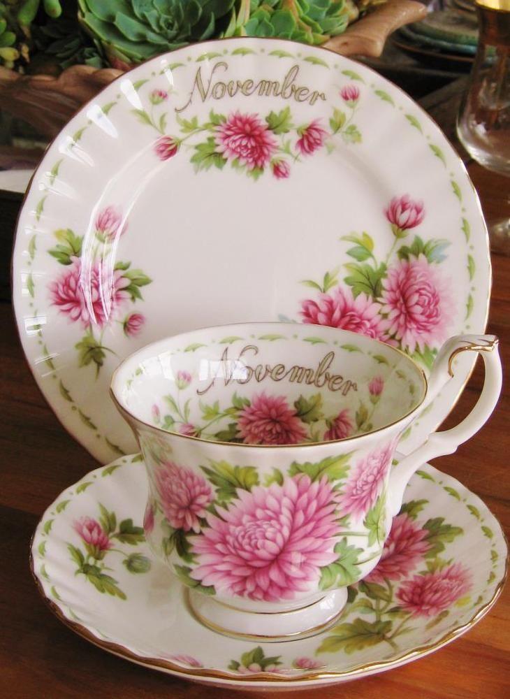 High quality vintage Royal Albert Chrysanthemum / November trio. High tea.