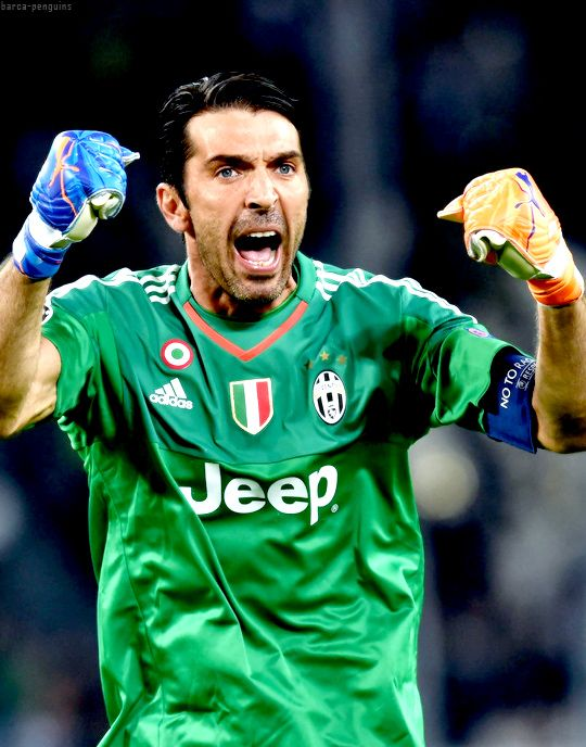 Buffon celebrating the victory against Seville