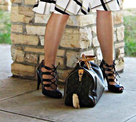 legs+shoes+bag by ...love Maegan, via Flickr
