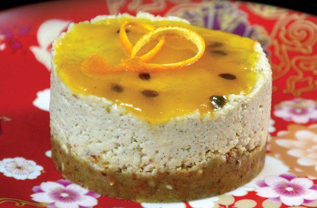 Orange and vanilla bean raw cheesecake - Vegan desserts | Nourish magazine Australia
