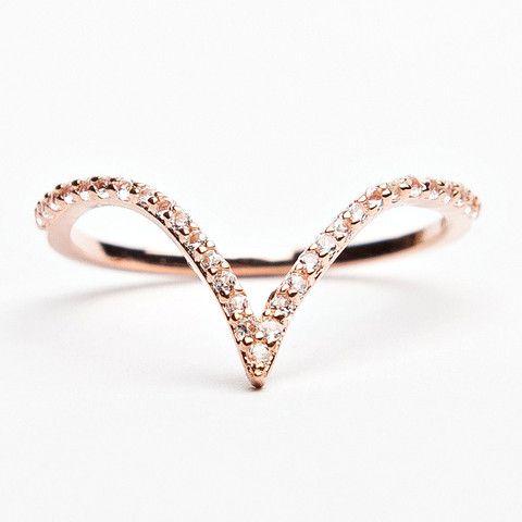 V Ring - Rose Gold