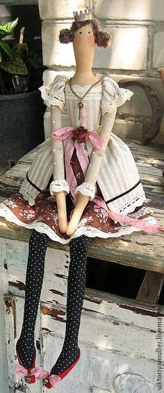 кукла тильда ручной работы ПРИНЦЕССА? НЕТ! КОРОЛЕВНА!!!! - бежевый,кукла тилда