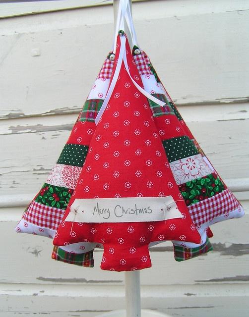 Kerstboom hangertje van stof