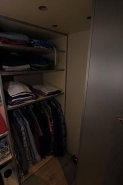 ... Kleiderschrank...,Hochbett mit begehbarem Kleiderschrank in Wuppertal