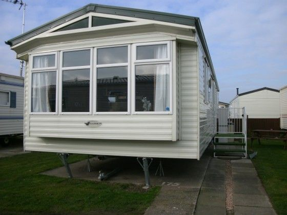 Large Spacious 8 Berth Caravan For Hire On Golden Gate Holiday Centre Towyn Fully
