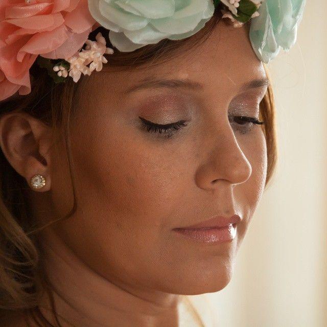 Este maquillaje lo realicé para la sesión de fotos de mi fotógrafo profesional favorito @kakegarcia a la bella @mariemioc para una ocasión súper especial, sus fotos de embarazada, un look suave y tierno✨😻💄 #hechopormi . 👉Si Necesitas un look como este⤴ 📲 Llámame al 04267120686 📞 💌 Escríbeme a gavadiarmakeup@gmail.com✉ . 💙💛💚 #yotemaquillo #gavadiarmakeup #maquillajeypeinado #maquillajeadomicilio  #makeupartist #makeupccs #makeuppanama #maquillajepty #maquillajecaracas #modeloccs…