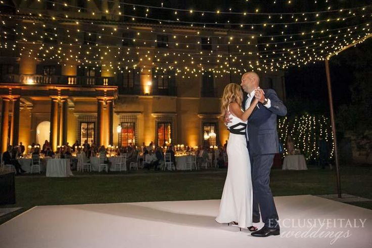 Fairy lights @ Villa di Maiano - http://www.exclusiveitalyweddings.com/blog/florence-wedding-in-an-elegant-villa-on-the-tuscan-hills