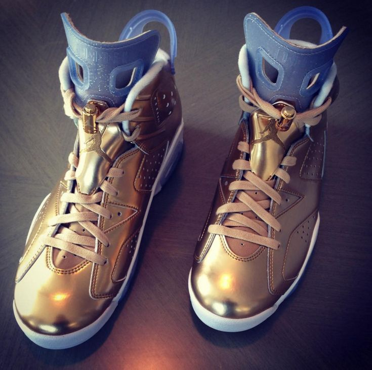 Spike Lee Was Gifted This Air Jordan 6 Oscars Edition By Michael Jordan