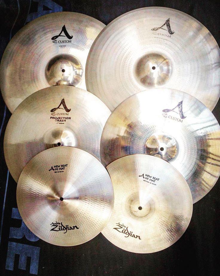 NewCymbalsSet#zildjian #zildjiancymbals #acustom #avedis #drums #drum #cymbals #drummer #drumset #drumlife #drumporn #drumkit #drummerlife #drummerboy #drumlove #instafollow #instagram #drummerofinstagram #instadrum #instadrums #instadrummer #instafollow #like4like #likeforlike #likeforfollow For Sample My YTC: http://www.youtube.com/playlist?list=PLAGa2-ulyTzrhOkSj4ywSHkCZrHD5_Hvn by _domega_