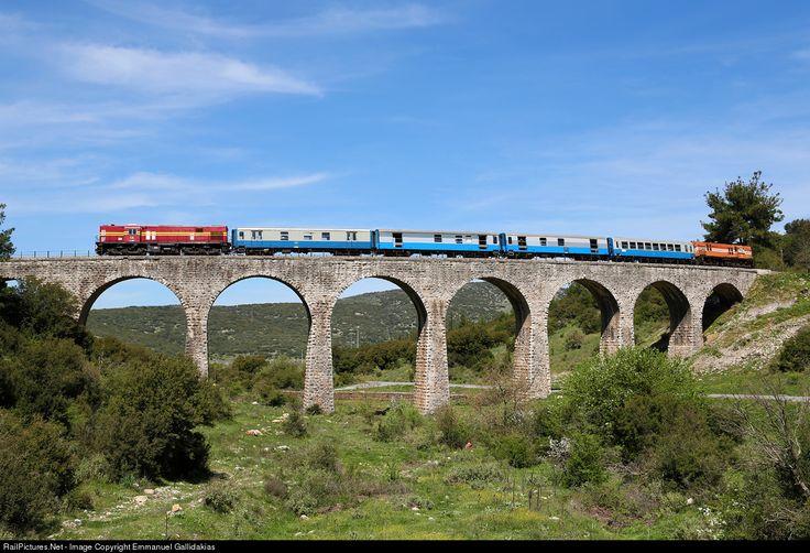 RailPictures.Net Photo: A101 - A9105 OSE Hellenic Railways Organization Alco dL537 at Tripolis, Greece by Emmanuel Gallidakias