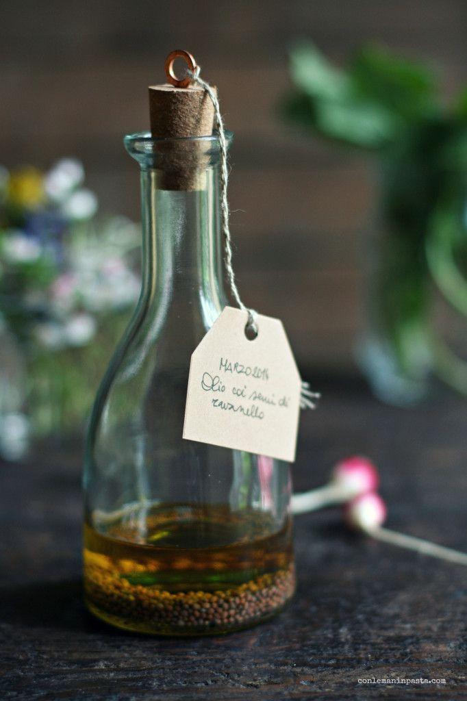 Olio aromatizzato ai semi di ravanello