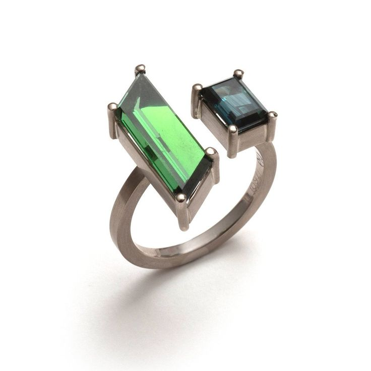 18ct white gold ring set with a green tourmaline rhombus and an Australian parti sapphire, by Melanie Katsalidis as part of CHROMA for Pieces of Eight Gallery.