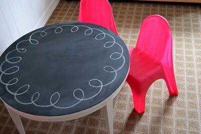 Chalkboard play table (repurposed coffee table) #repurposed #chalkboard #table #kids