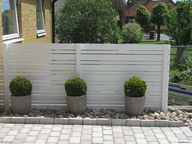 Uteplats uteplats framsida : 17 Best images about Garden } bygga on Pinterest | Fence design ...