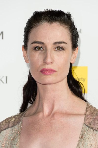 Erin O'Connor Photos Photos - Erin O'Connor attends The Design Museum VIP launch on November 22, 2016 in London, United Kingdom. - The Design Museum - VIP Launch Party - Arrivals