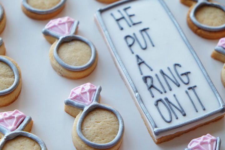 wedding cookies perfect for an engagement party or bridal shower!!  ~  we ❤ this! moncheribridals.com