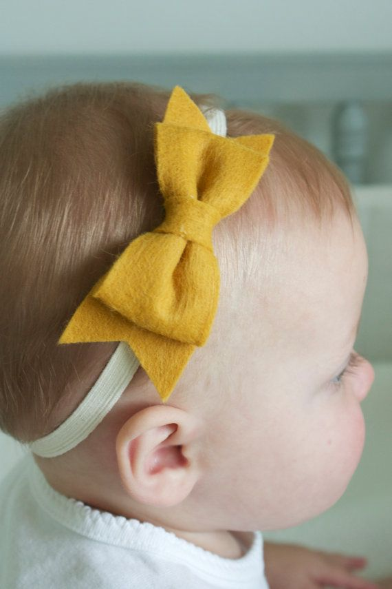 Felt bows... I will be making these