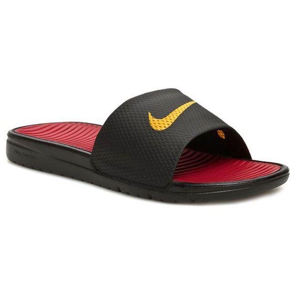 Sandal Nike Benassi Solarsoft Soccer 576427-076 merupakan sendal yang telah sengaja didesain simple. Andapun menjadi semakin terlihat semakin bergaya apabila sedang menggunakannya. Sendal ini diskon 10% dari harga 329.000 menjadi Rp 299.000.