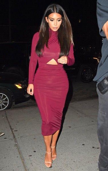 Kim Kardashian Photos - Kim Kardashian Out for Dinner in NYC - Zimbio