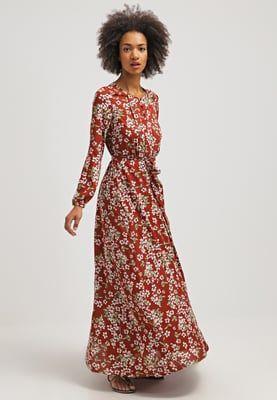 Maxi dresses mint&berry Maxi jurk - henna Donkerrood: 69,95 € Bij Zalando (op 27/04/16). Gratis verzending & retournering, geen minimum bestelwaarde en 100 dagen retourrecht!