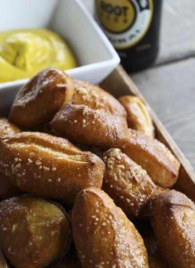 Garlic Butter Soft Pretzel Bites