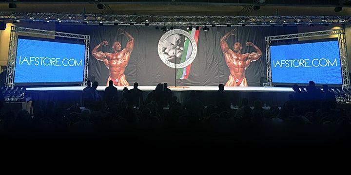 Il 10-11 Ottobre si è svolto presso il Marriot Park Hotel di Roma, la seconda edizione del Seccarecci Classic. In onore del grande bodybuilder italiano Daniele Seccarecci. Risultati, immagini e video di una delle gare più importanti del bodybuilding italiano. #iafstore #teamIAF #bodybuilding