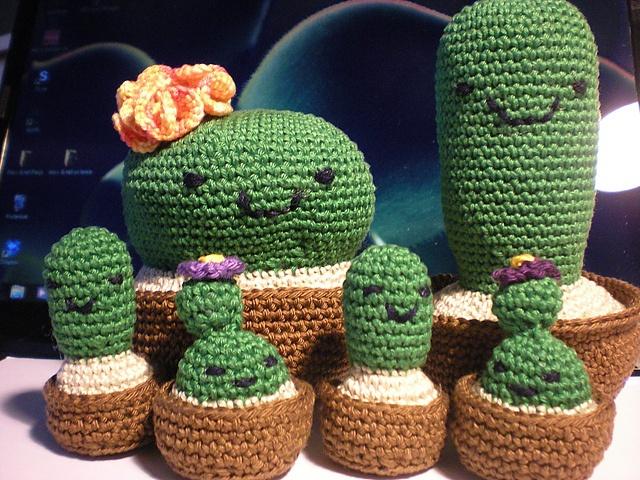 Ravelry: karolienaas Tiny Cactus Girl - Twins