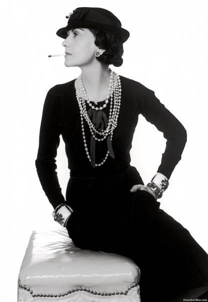 Коко шанель афоризмы маленькое черное платье