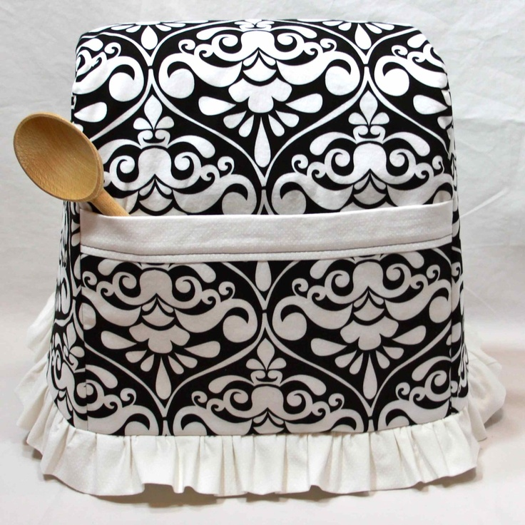 I would love one of these for my kitchenaide standmixer. In this pattern and in  purple, pink, blue, green pretty much any colour.