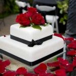Black And White Wedding Cakes With Red Roses Good Design  On Cake Wedding Ideas