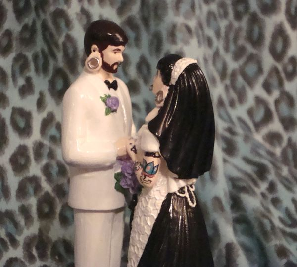 tattooed bride wedding cake toppers 17 best images about inked tattooed wedding cake toppers 20756