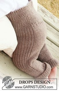 """BabyDROPS 20-10 - Knitted DROPS pants in """"Merino Extra Fine"""". - Free pattern by DROPS Design"""