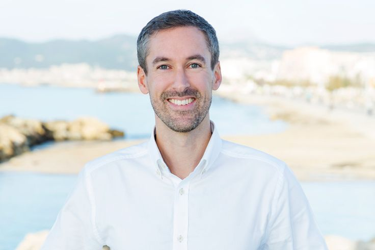 Kalle, originally from Leksand, Sweden, has a long relationship with Spain which started over 15 years ago with university studies in Valenica. He has since then worked for Spanish companies both in Spain and abroad and knows the language, the culture and the country well. He is one of the sales-agents since 2016.