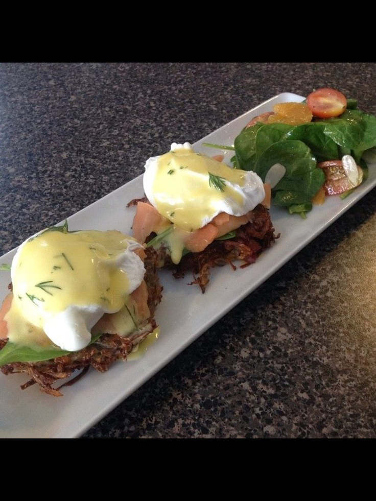 Smoked salmon eggs Benedict on chorizo potato rosti, dill hollandaise. #chef_junpet