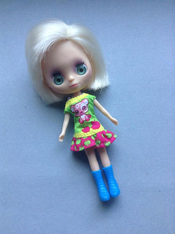 Petite Mini BLythe Doll blonde green eyes dress and boots