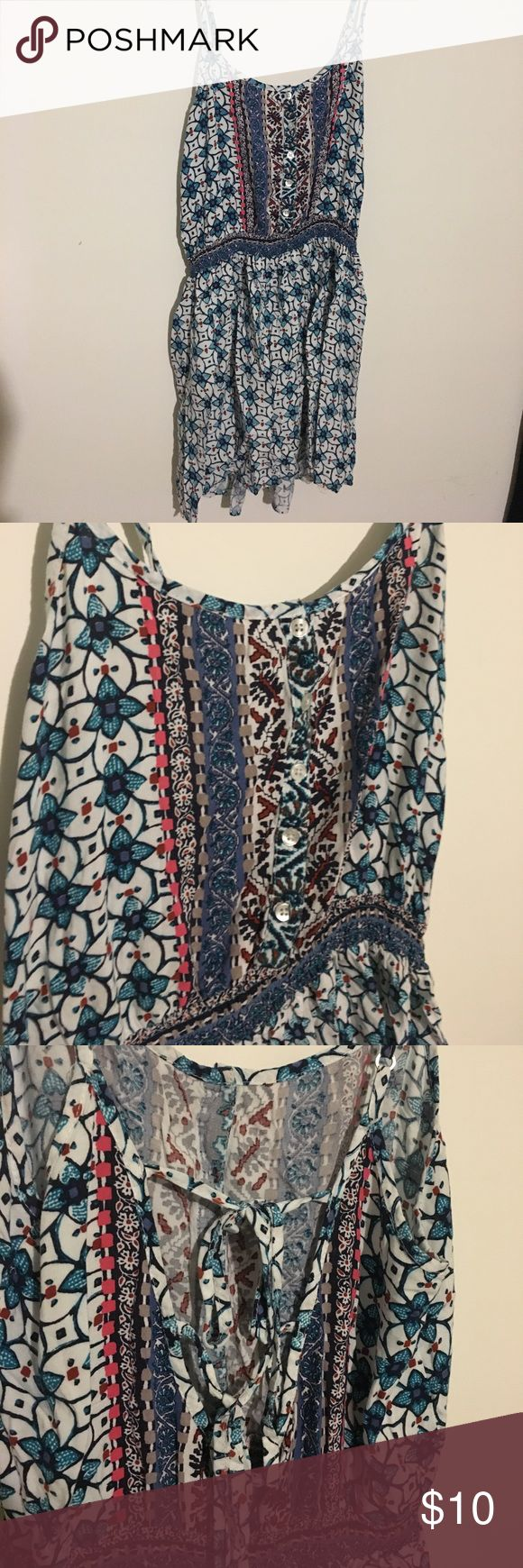 Boho pattern dress Boho pattern dress, short in length, thin float material, stringy back and button up front American Eagle Outfitters Dresses